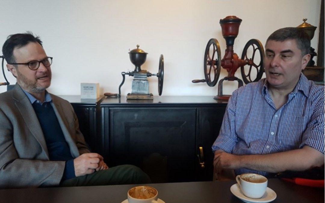 """""""한 세기 안 지구대멸종 온다 … '트럼프 정치'가 먼저 멸종할 것"""" (S.G.Knowles and M.Williams interview @Hankookilbo)"""